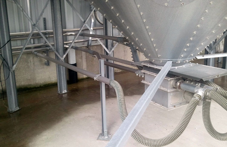 Storage silo pneumatic conveying systems