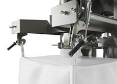 Automatic Releasing Bulk Bag Filler Loop Hangers